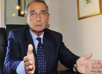 """Coronavirus, Carlo Taormina annuncia: """"Conte e ministri sono da venerdì sotto processo dinanzi al Tribunale"""""""