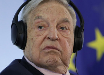 """George Soros denuncia l'Italia alle Nazioni Unite: """"Violazioni nei confronti degli immigrati"""""""