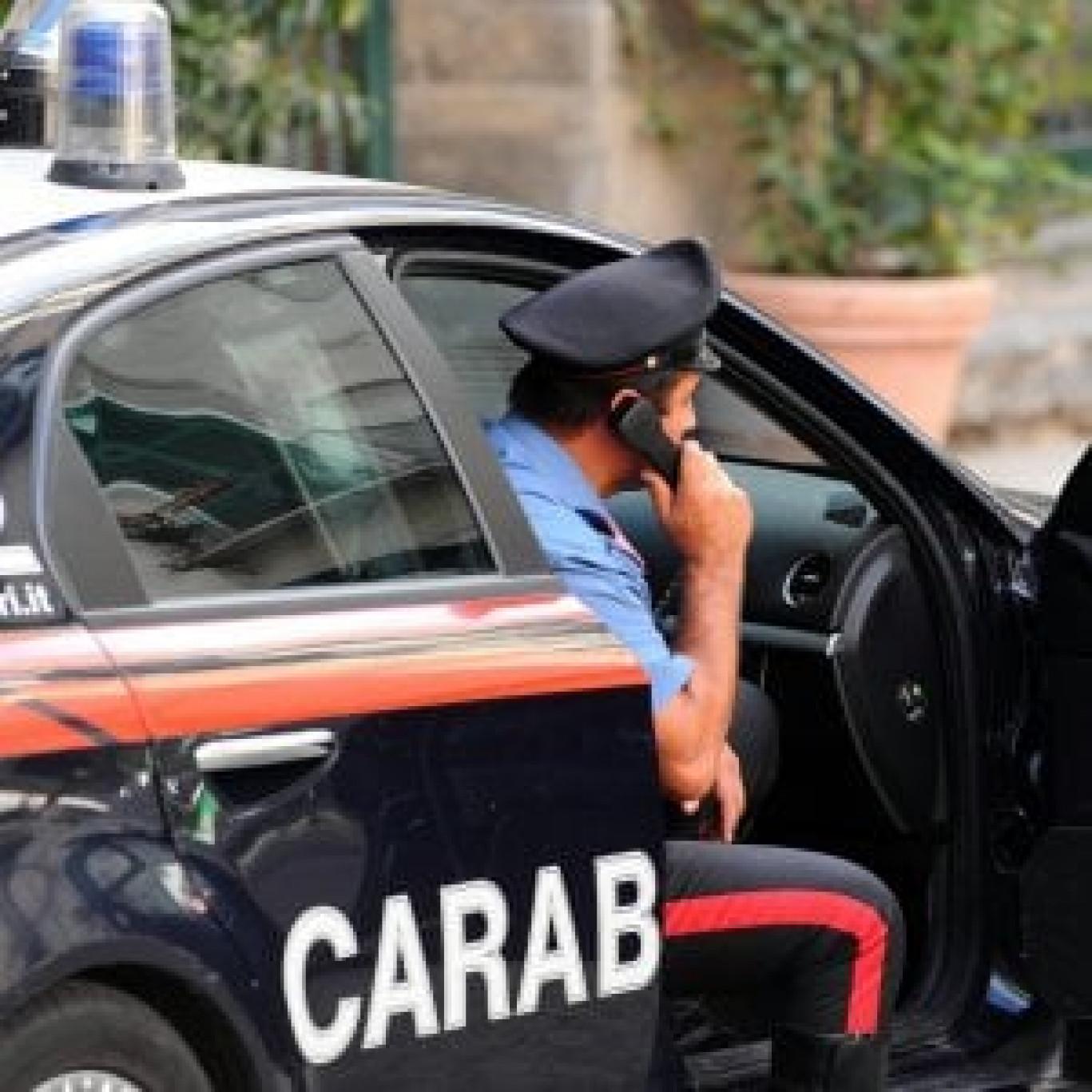 """Firenze, arrestati due carabinieri del Nas: """"Hanno chiesto una mazzetta da 15mila euro"""""""