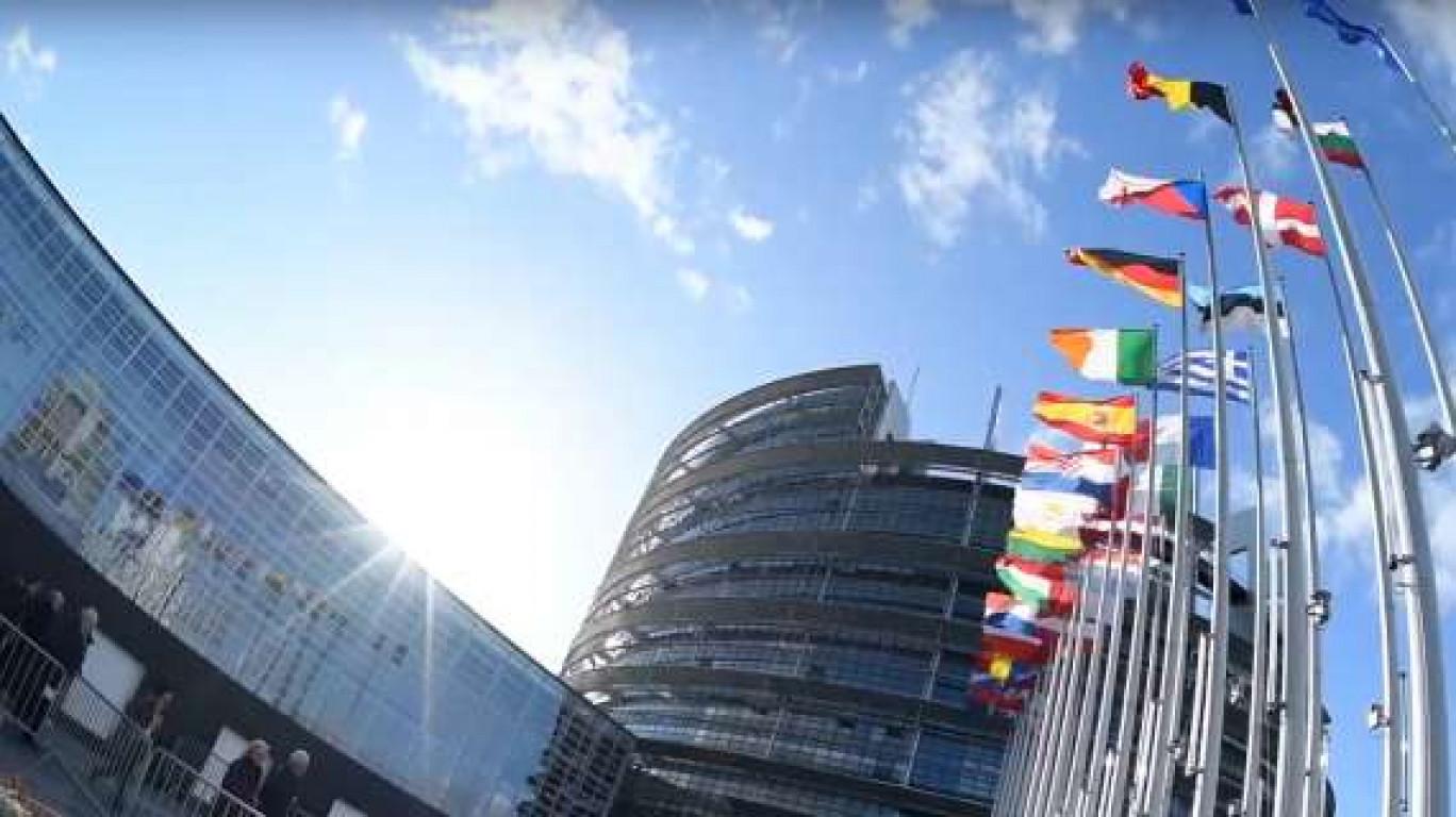 """Migranti, l'Unione Europa alla Sicilia: """"Al corrente della situazione, rispettare obblighi della legge"""""""