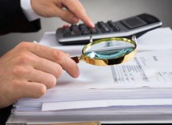 Fisco, addio al segreto professionale: il commercialista fa la spia per l'Agenzia delle Entrate