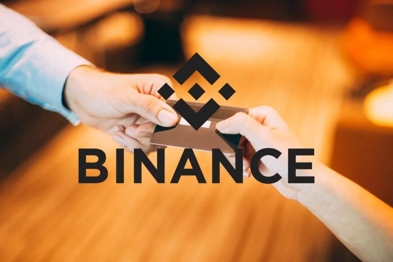 Binance rilascia la sua carta di debito crypto