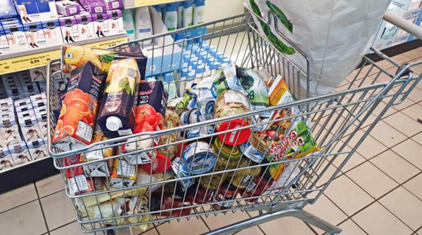 Coronavirus: rivendono buoni spesa