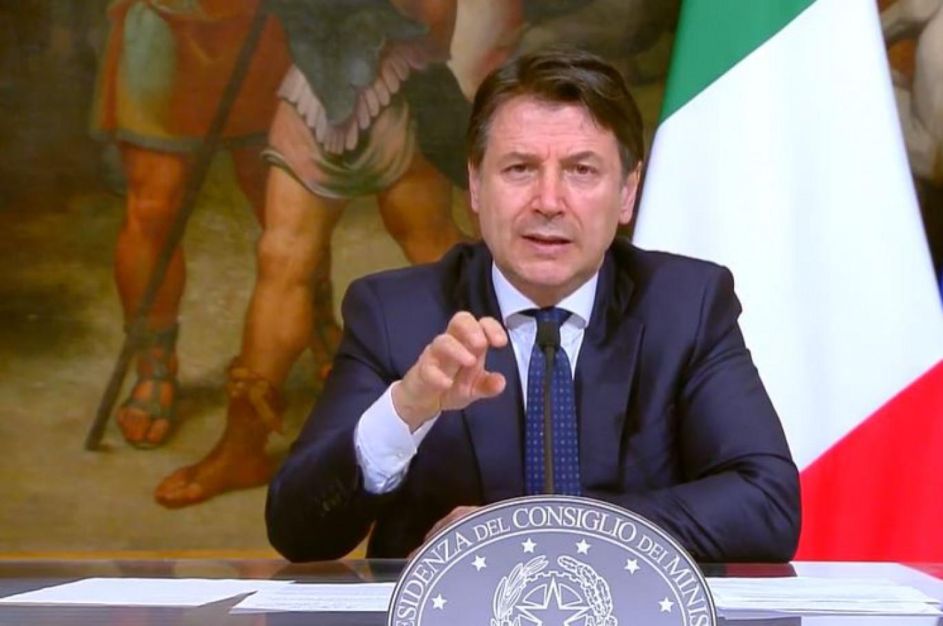 Coronavirus: il presidente del Consiglio, Giuseppe Conte, denunciato per strage