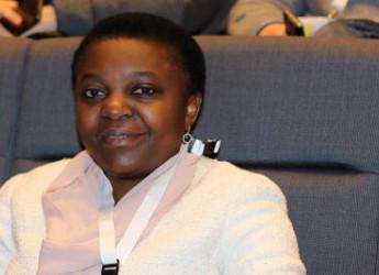 """La Kyenge sconfitta in tribunale: in Italia dire """"negra"""" non è un insulto razzista"""