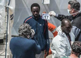 Migranti, Bellanova: no espulsioni, nei loro Paesi c'è emergenza sanitaria
