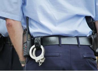 Poliziotto arrestato in Calabria: in viaggio con moglie e figlio, trasporta 7.5 kg di cocaina
