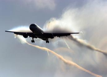 Pilota confessa: per anni ho spruzzato scie chimiche nei cieli italiani