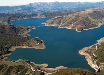 Acqua del Gran Sasso contaminata dall'energia nucleare: 700 mila persone a rischio